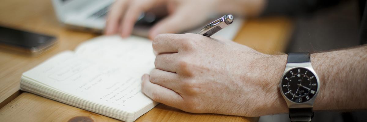 How_To_Write_Persuasive_Web_Copy..jpg