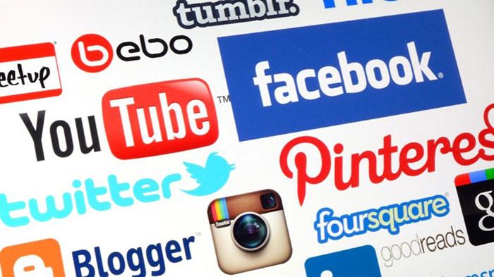 Advantages of New Media vs Traditional Media Marketing