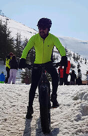 Eduardo-Snow-Biking